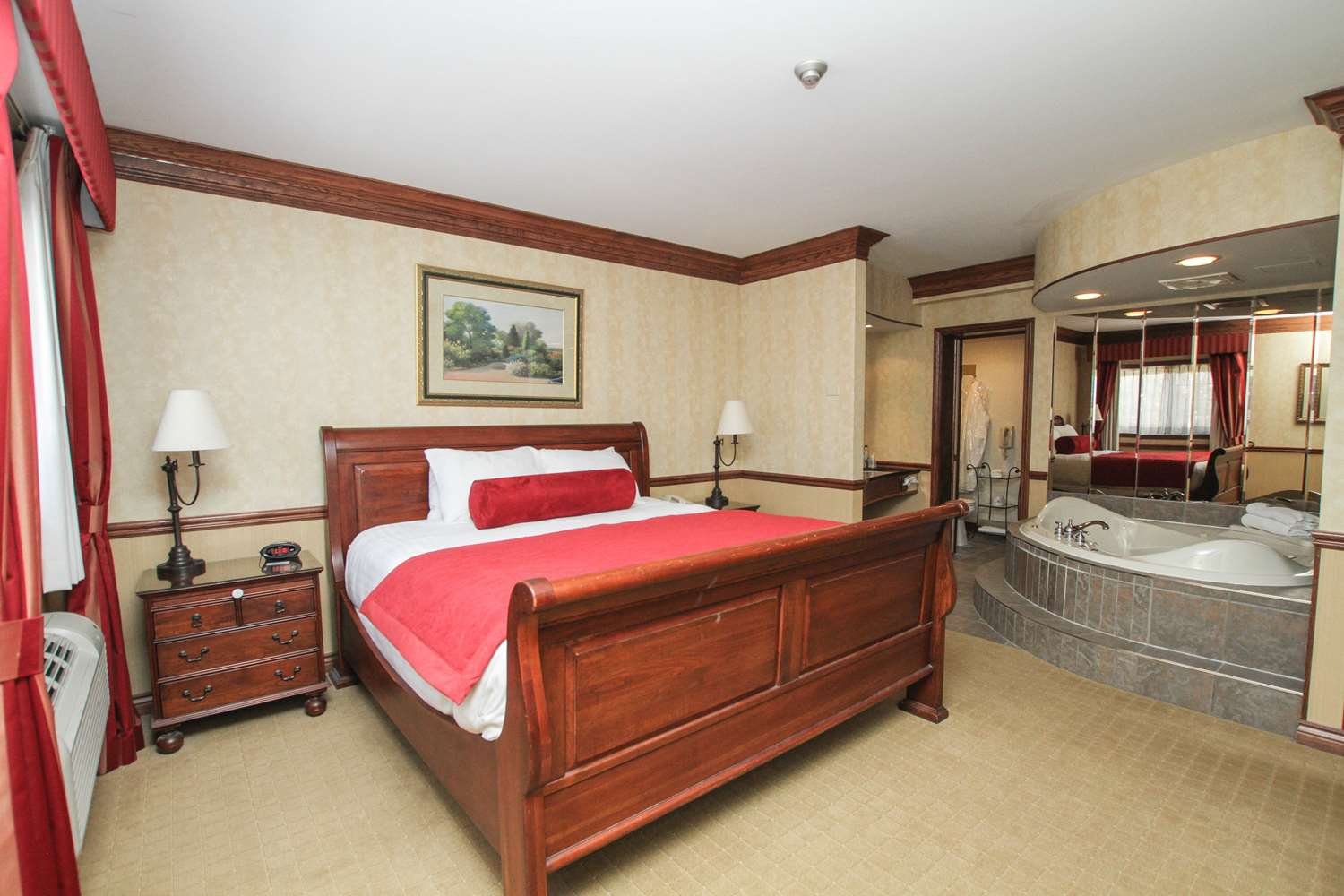Suite - Best Western Parkway Inn & Conference Centre Cornwall