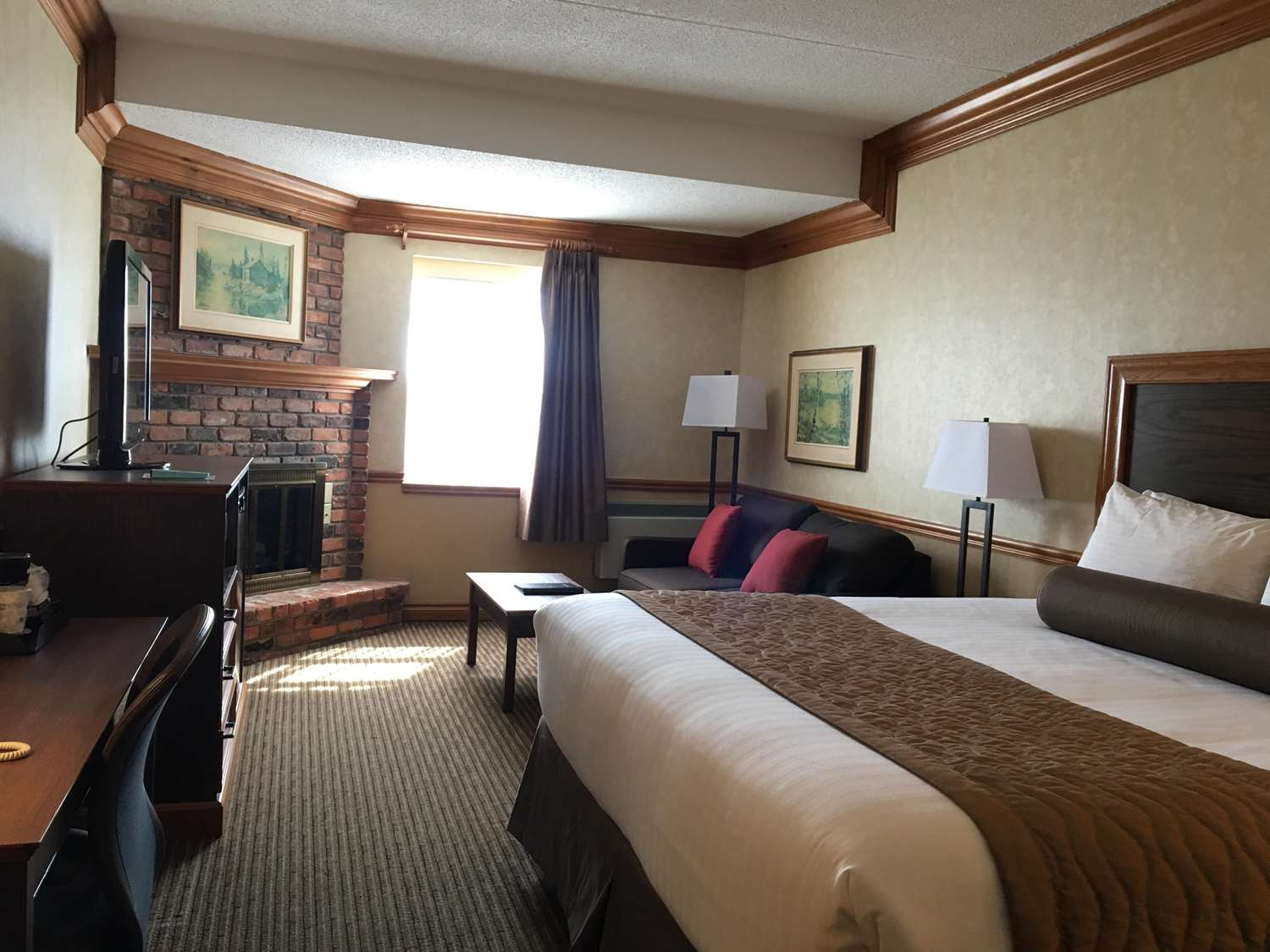 Room - Best Western Parkway Inn & Conference Centre Cornwall