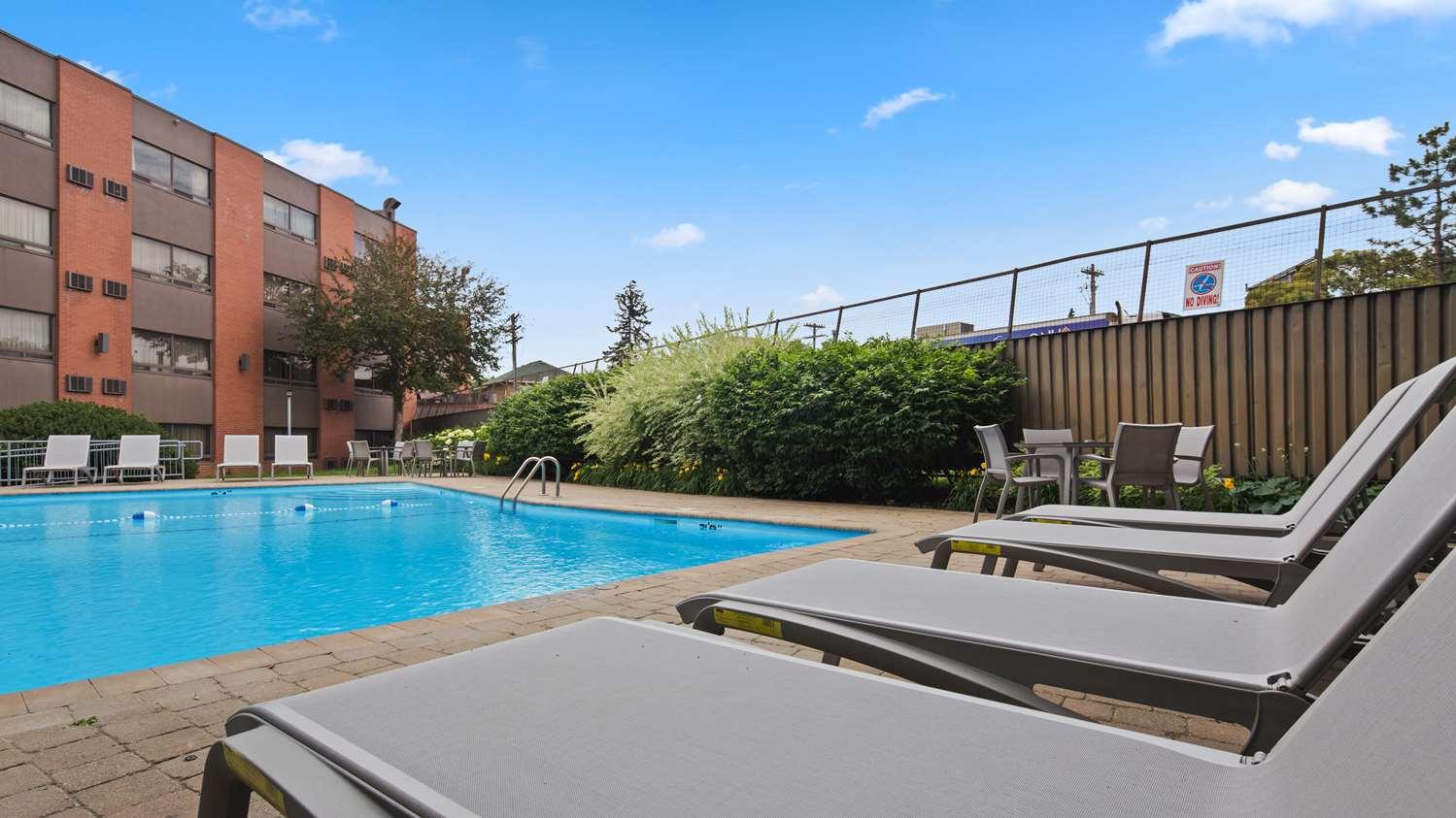 Pool - Best Western Plus Ottawa City Centre