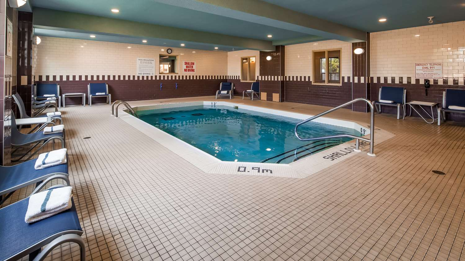 Pool - Best Western Plus Barrie Hotel