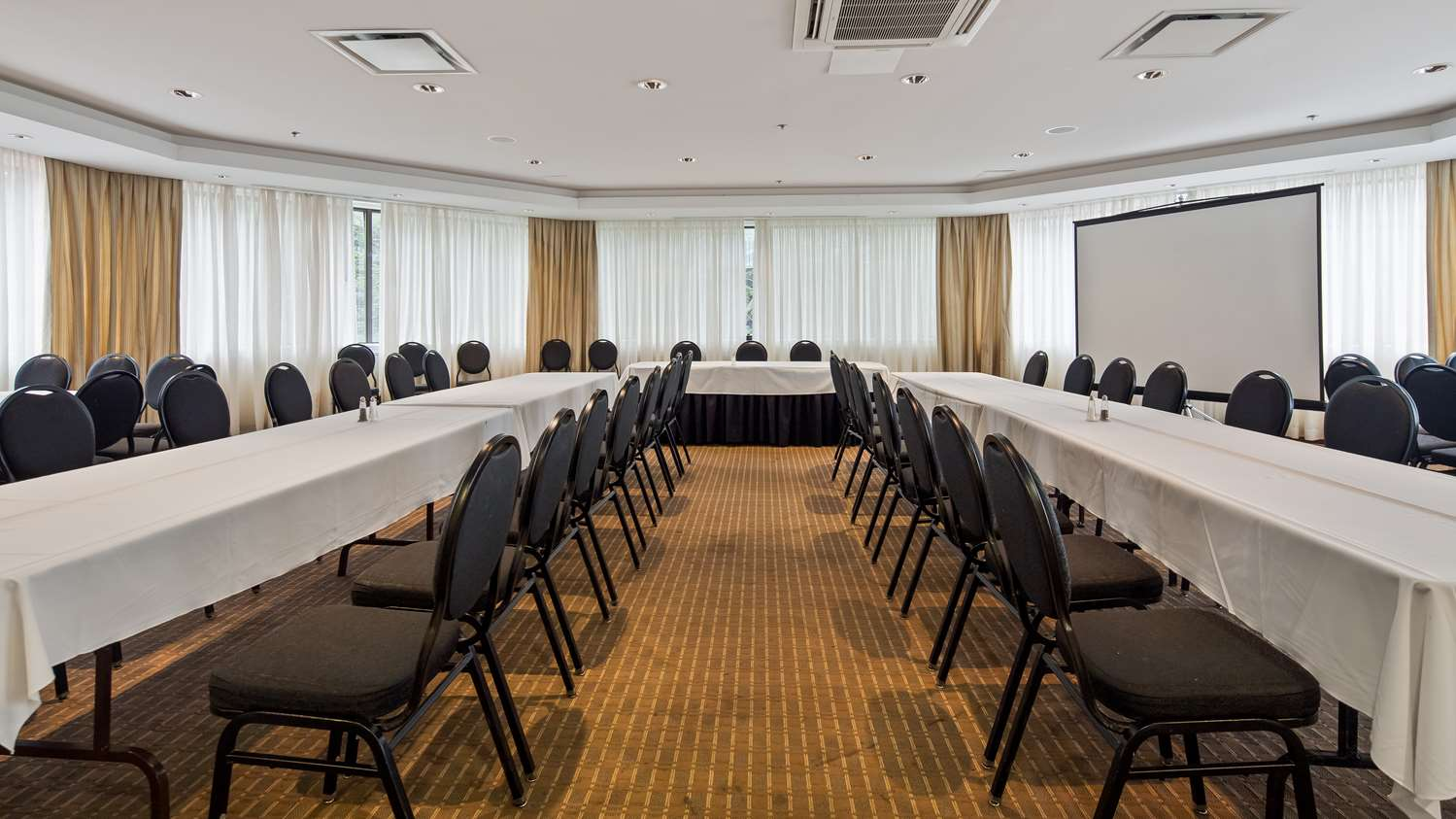 Meeting Facilities - Best Western Parkway Hotel Richmond Hill