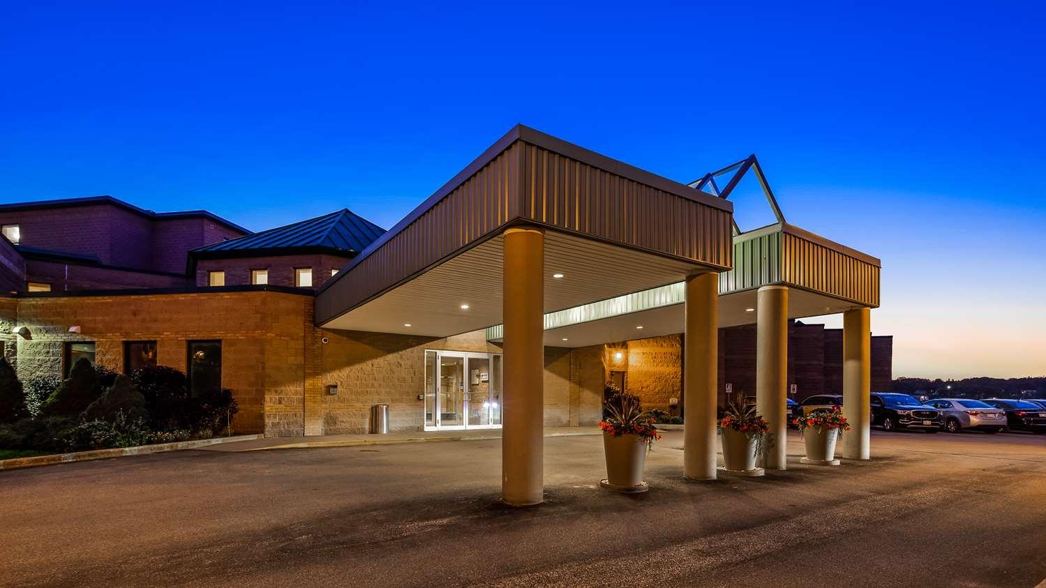 Exterior view - Best Western Inn on the Bay Owen Sound