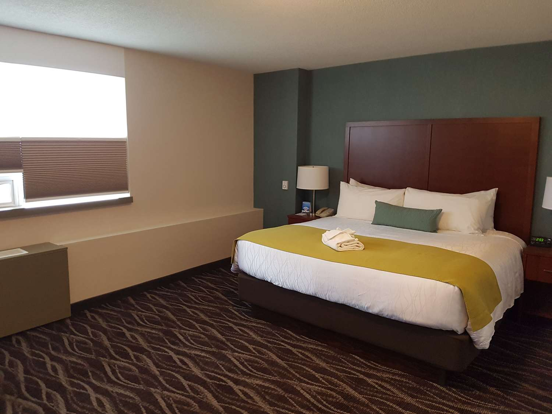 Best Western Plus Durham Hotel & Conf Ctr Oshawa, ON - See