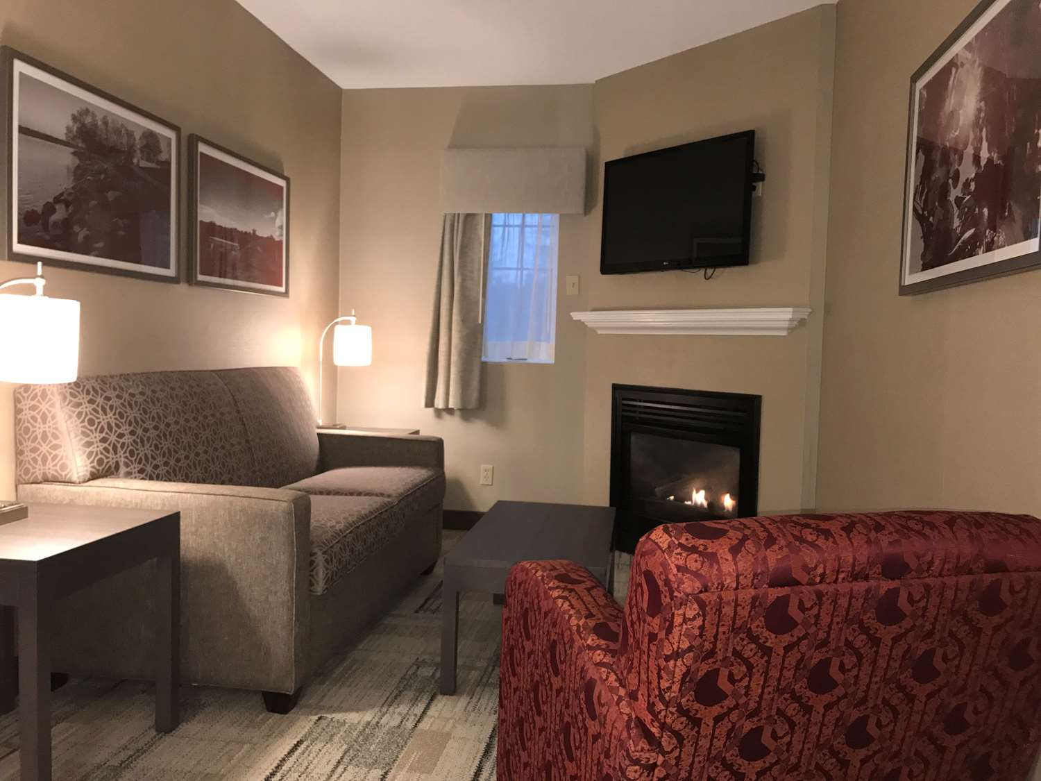 Suite - Best Western Colonel Butler Inn Niagara on the Lake