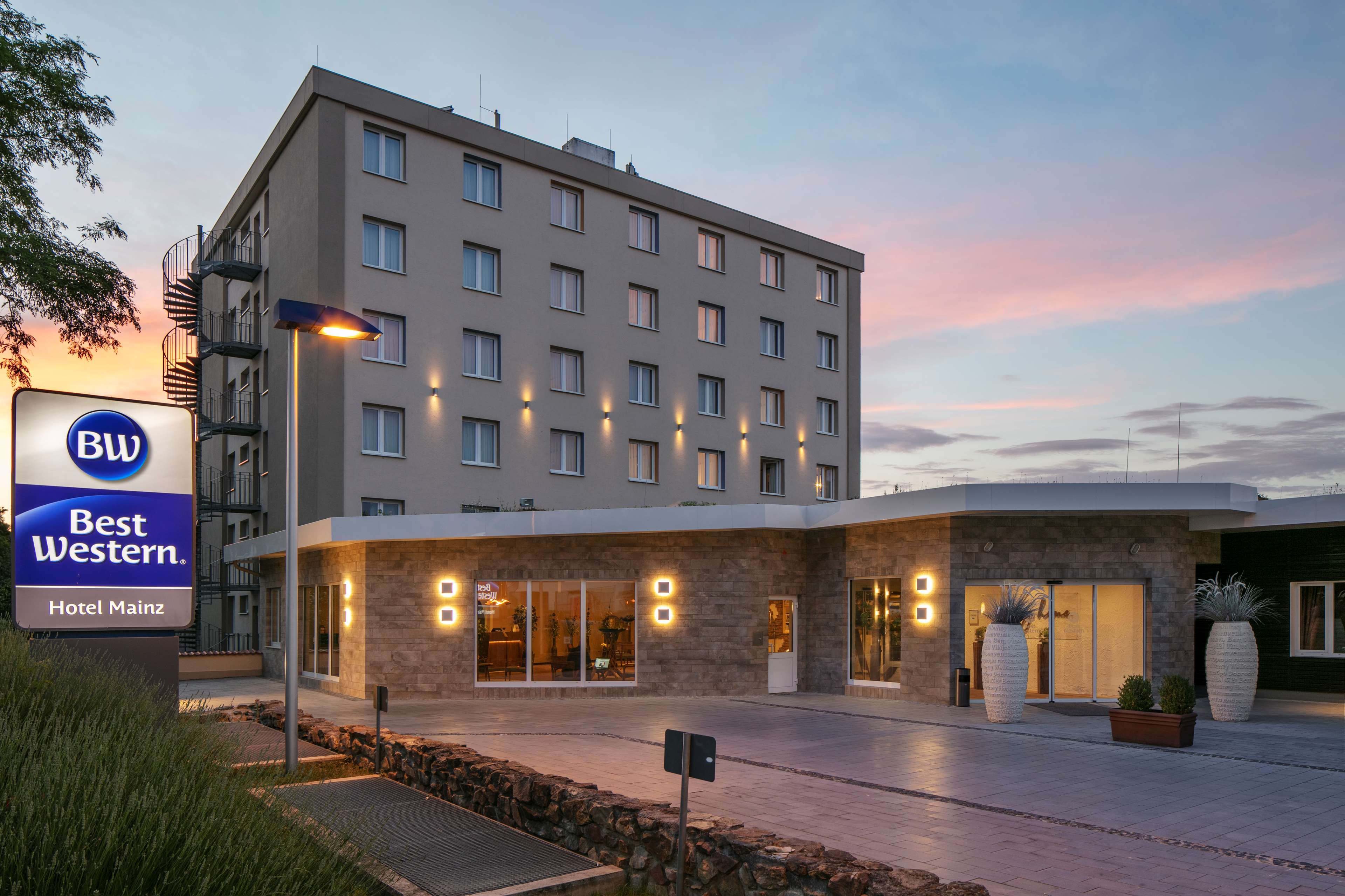 Best Western Hotel Mainz Mainz Price Address Reviews