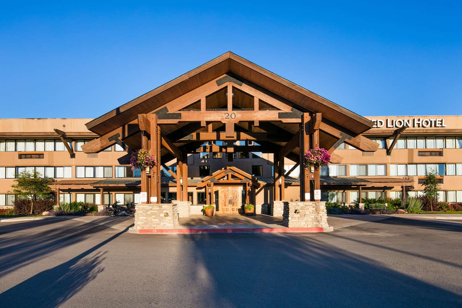 Red Lion Hotel Kalispell, MT - See Discounts