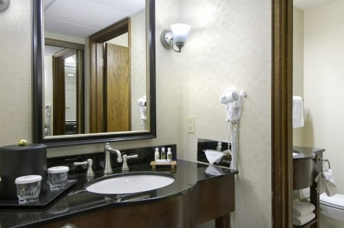 Room - Red Lion Hotel & Casino Elko