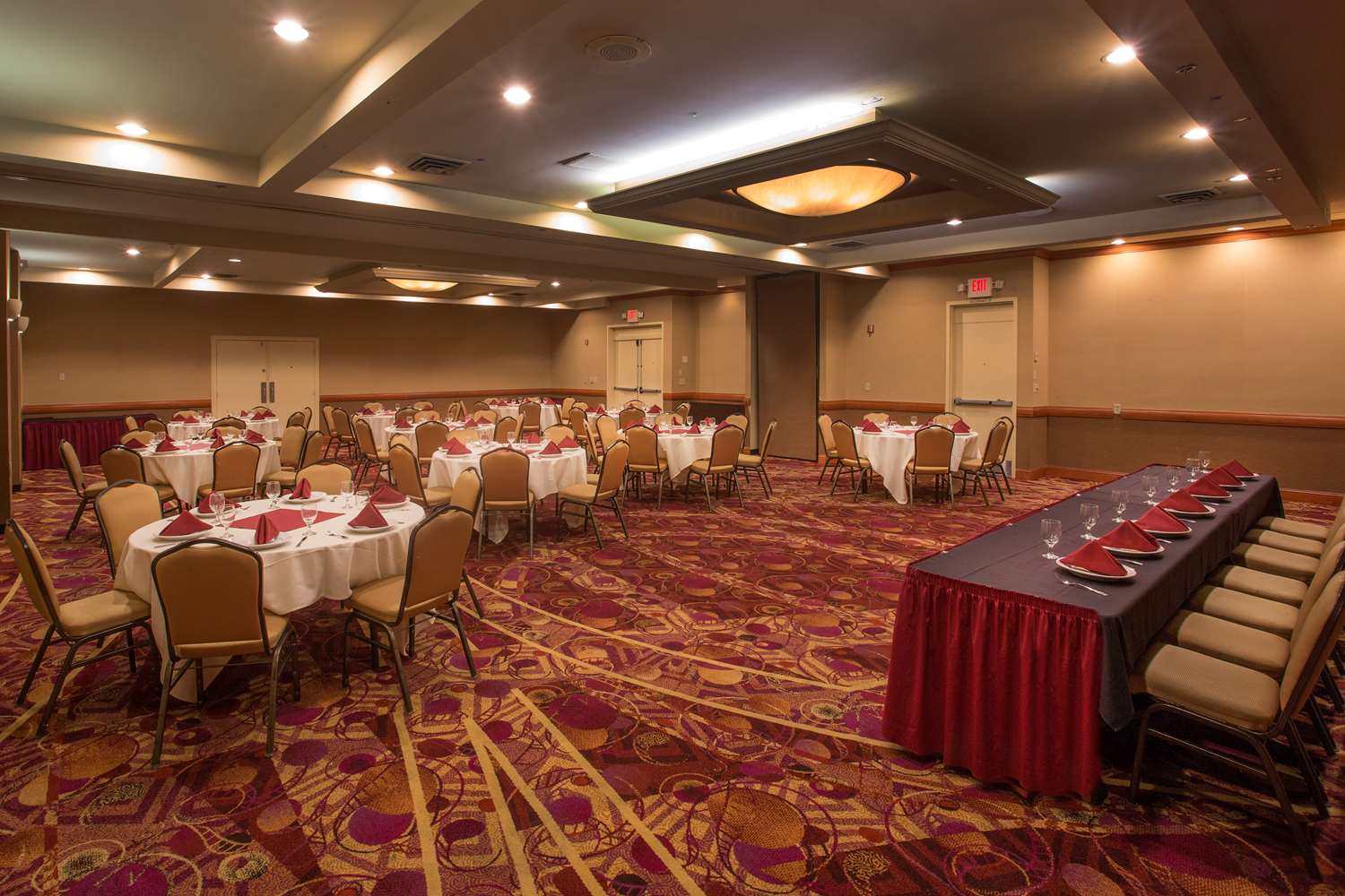 Ballroom - Red Lion Hotel Renton