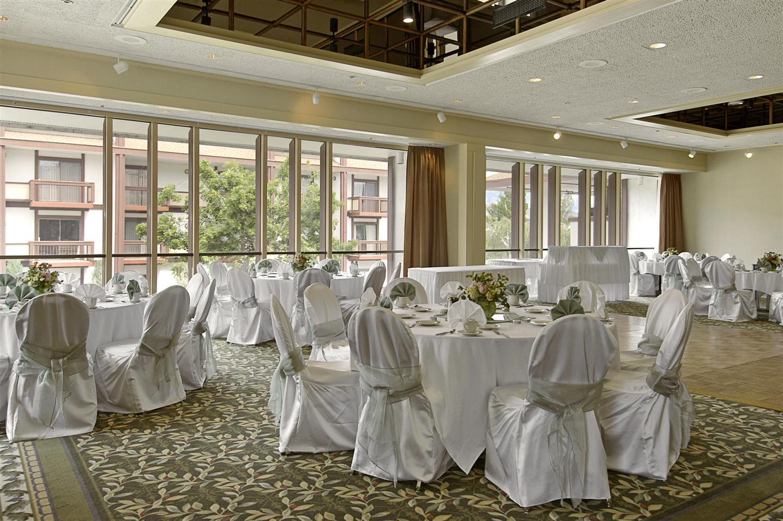 Ballroom - Red Lion Hotel Wenatchee