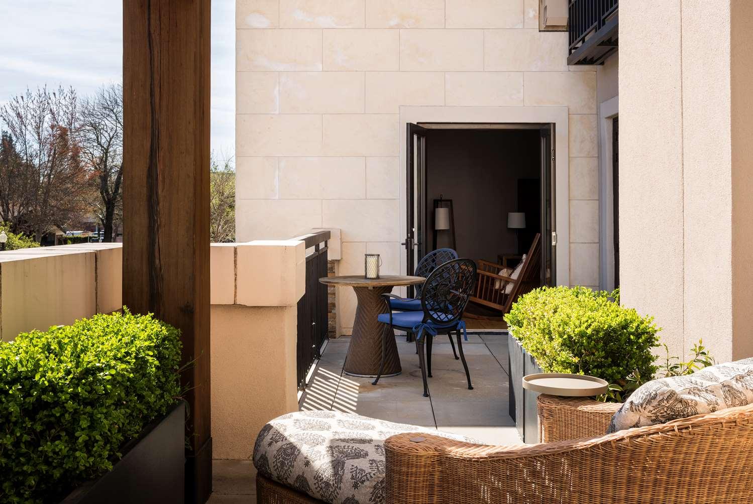 Suite - Andaz Hotel Napa