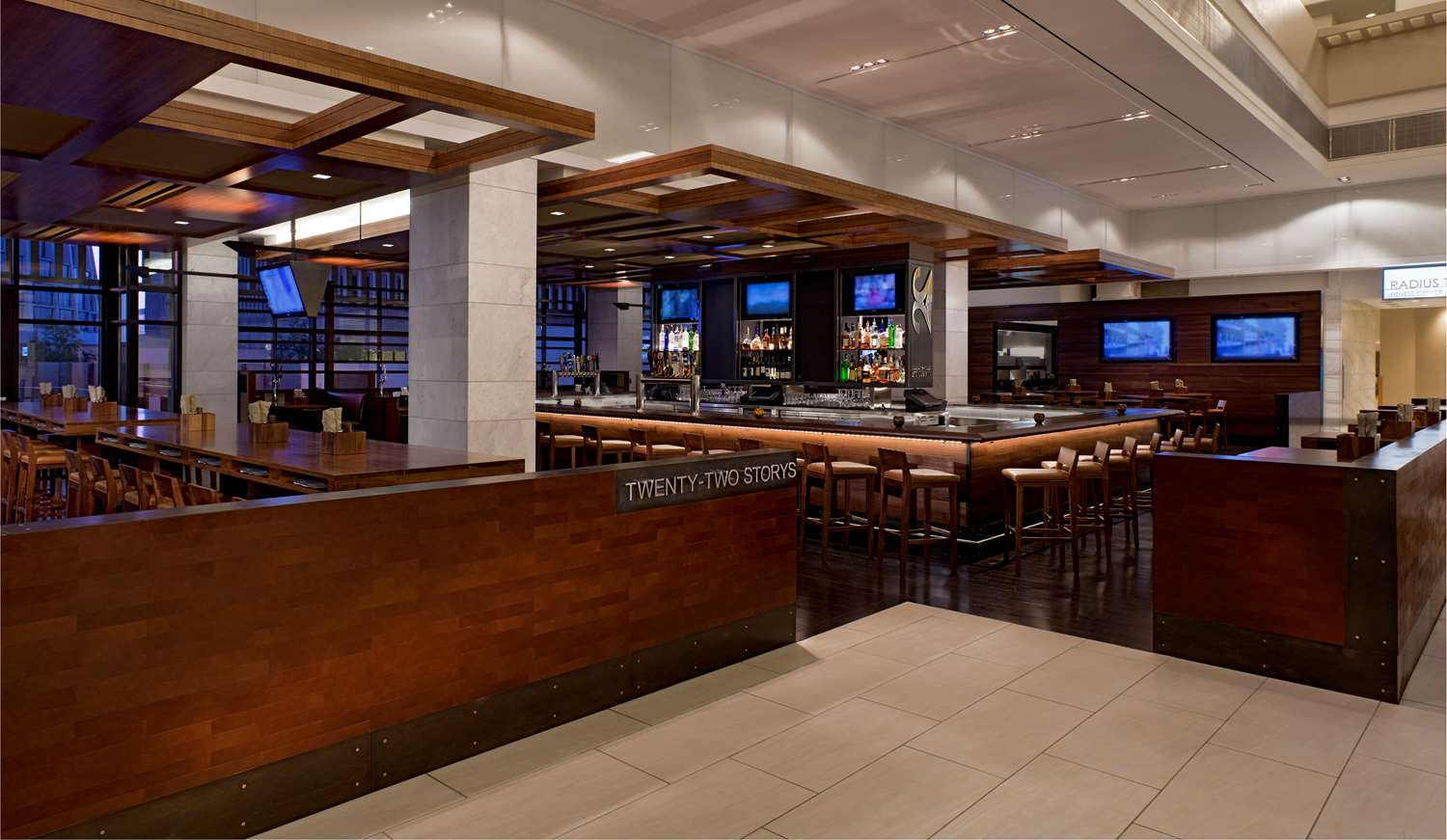 Bar - Hyatt Regency Hotel Atlanta