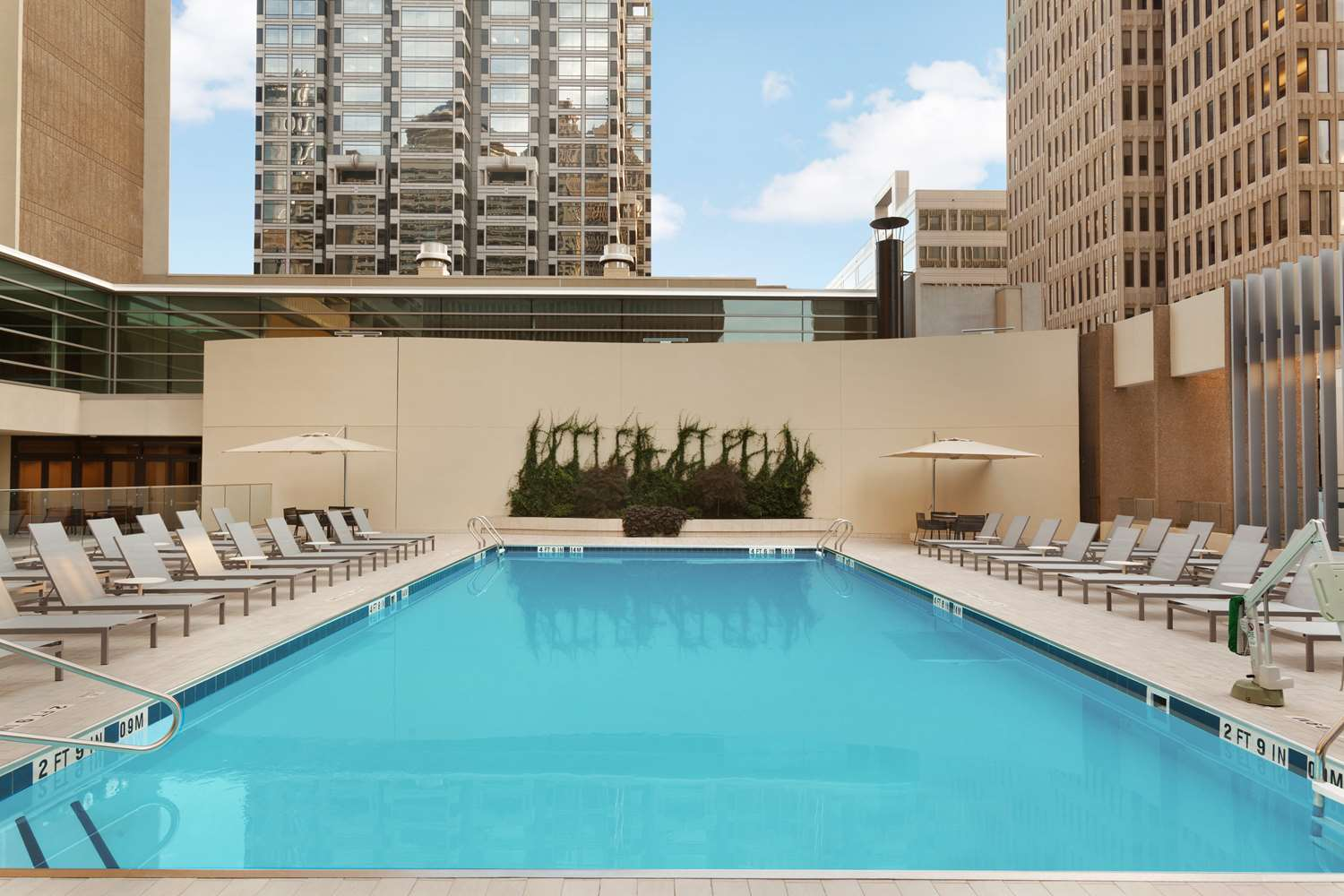 Pool - Hyatt Regency Hotel Atlanta