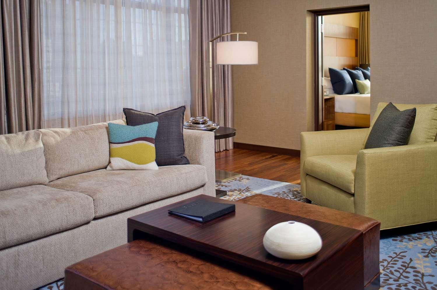 Suite - Grand Hyatt Hotel Denver