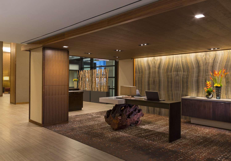 Lobby - Grand Hyatt Hotel Denver