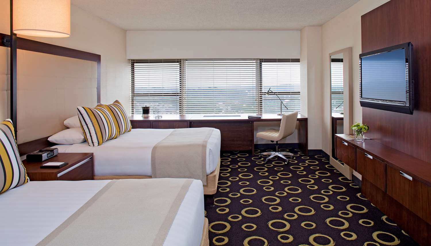 Room - Hyatt Regency Hotel Headquarters Plaza Morristown