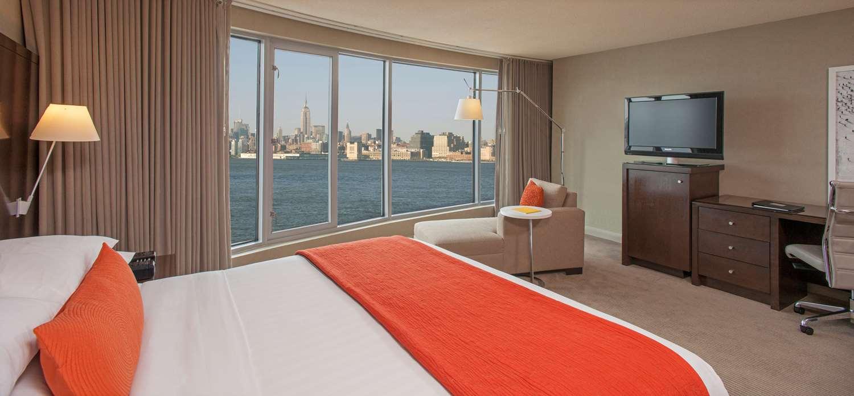 Suite - Hyatt Regency on the Hudson Hotel Jersey City