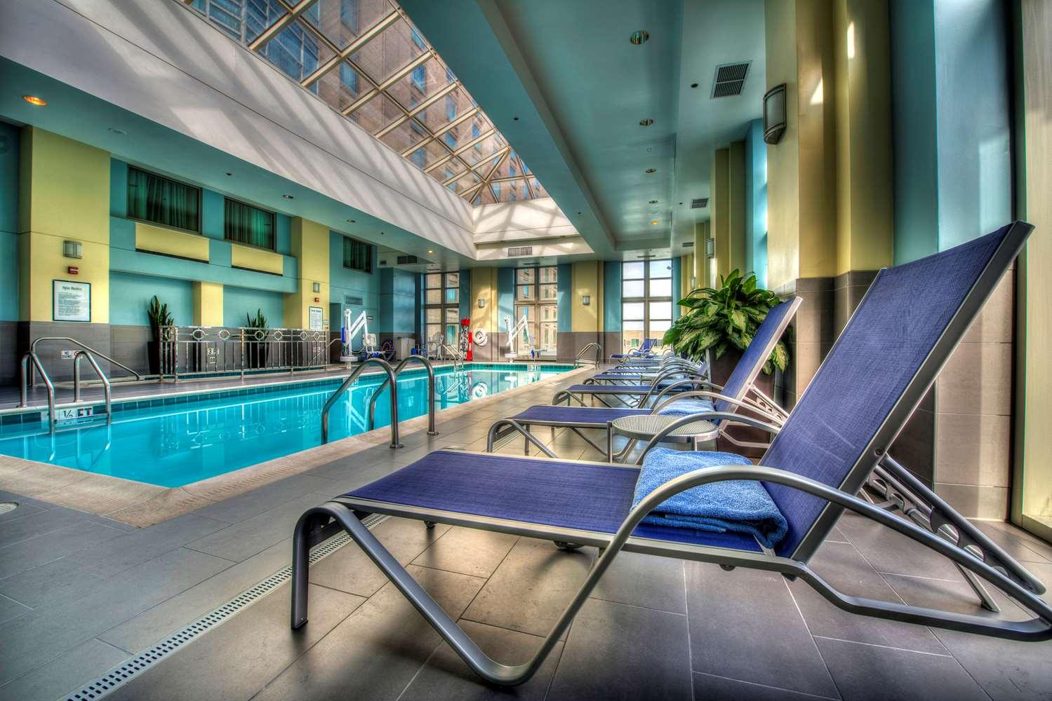 Pool Hyatt Regency Hotel Reston