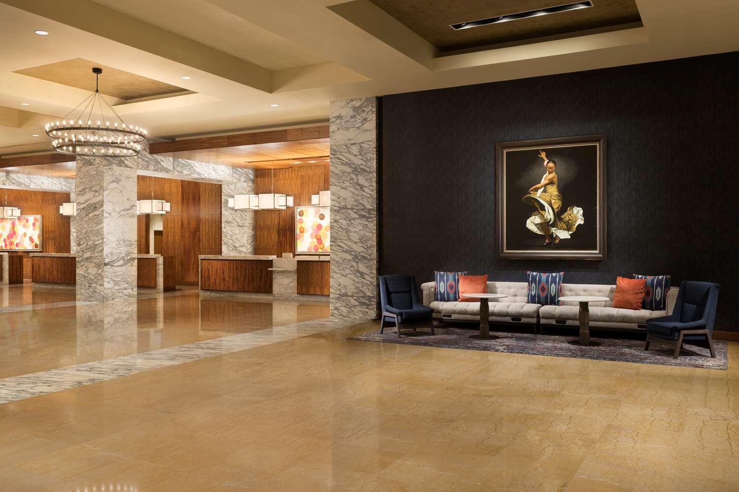 Lobby - Grand Hyatt Hotel San Antonio