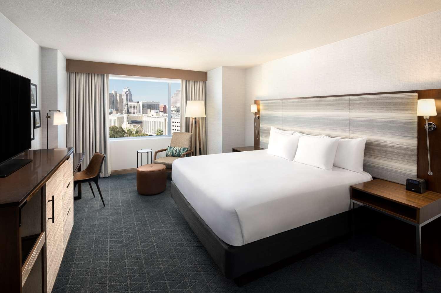 Room - Grand Hyatt Hotel San Antonio