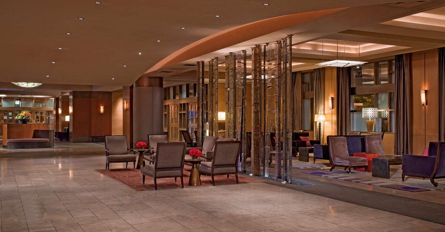Lobby - Grand Hyatt Hotel Seattle