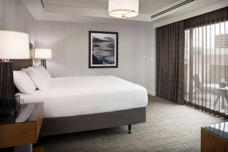 Suite - Hyatt Regency Hotel San Francisco