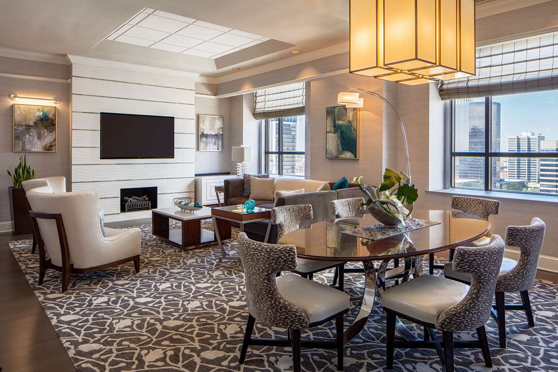 Suite - Hyatt Regency Hotel St Louis