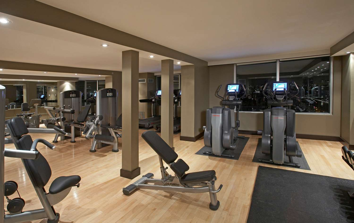 Fitness/ Exercise Room - Hyatt Regency Hotel Toronto