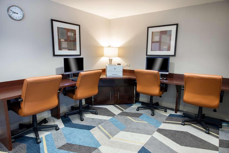Lobby - Hyatt House Hotel Schaumburg