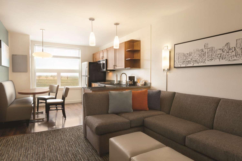 Suite - Hyatt House Hotel Airport Denver
