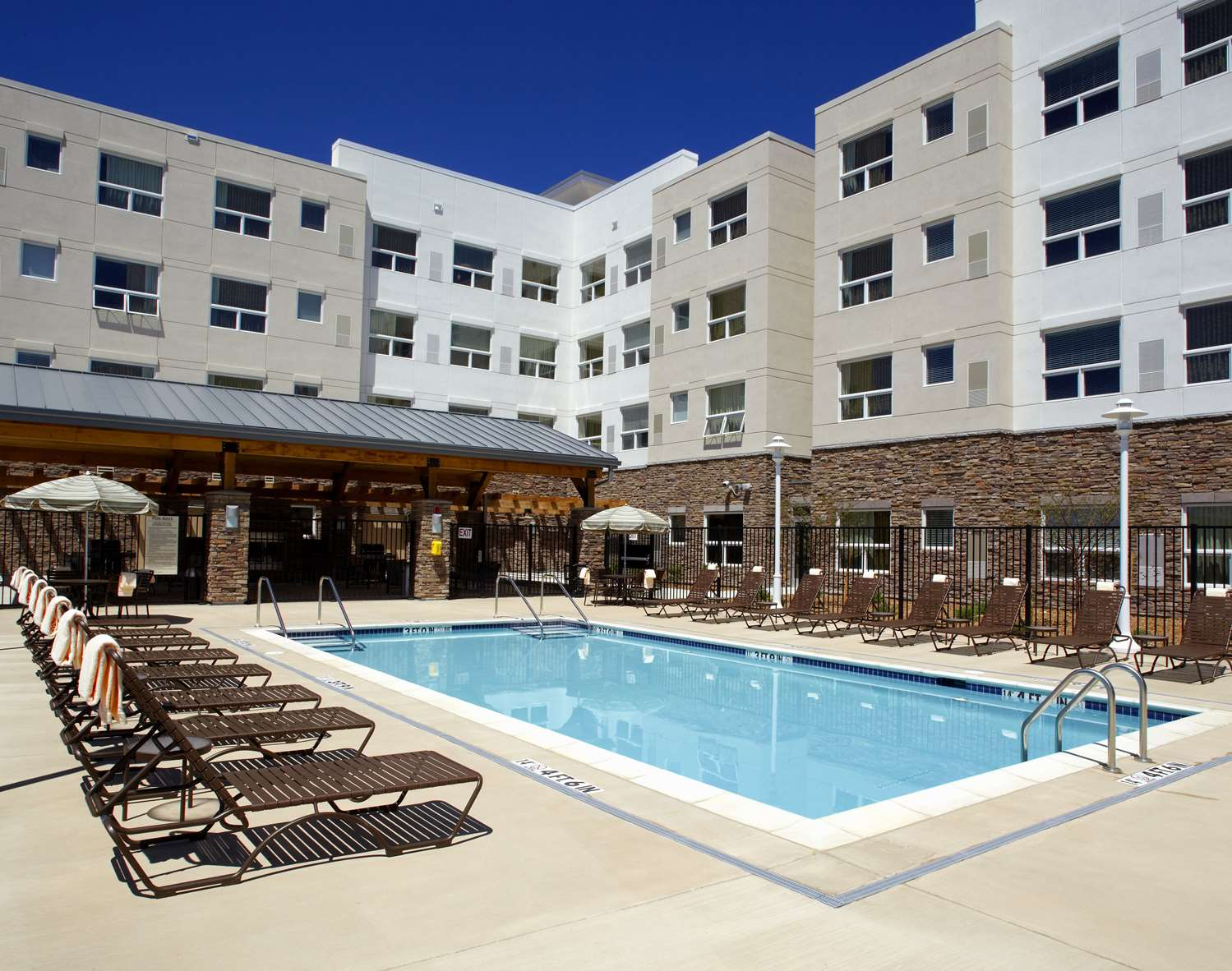 Pool - Hyatt House Hotel Broomfield
