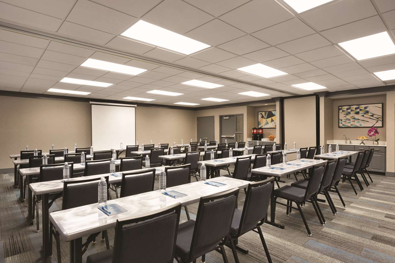 Meeting Facilities - Hyatt House Hotel Airport Miami