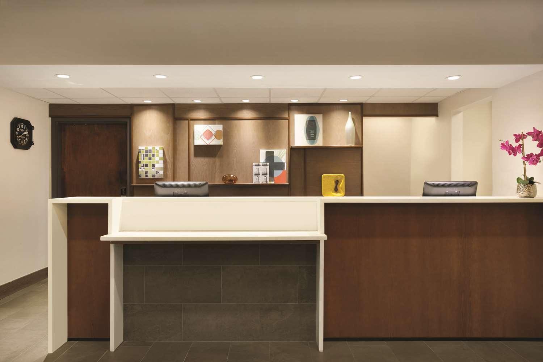 Lobby - Hyatt House Hotel Airport Miami