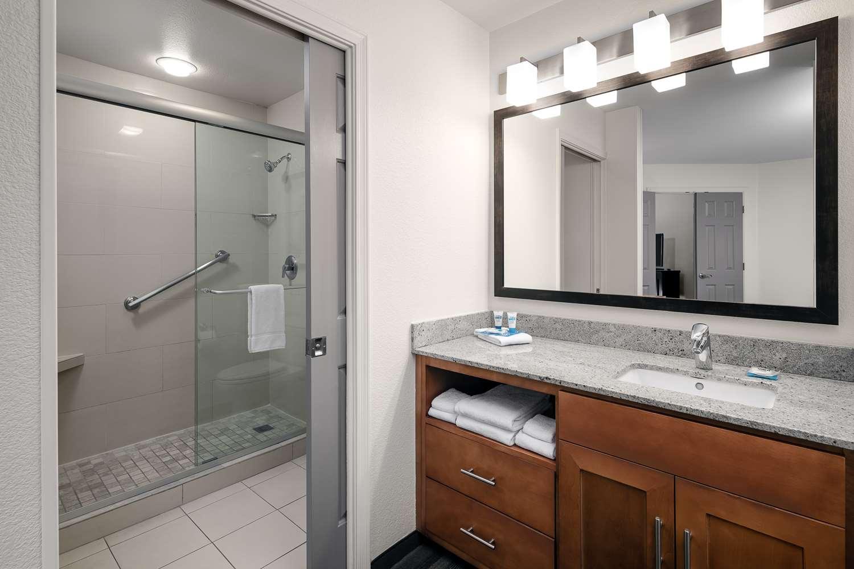 Room - Hyatt House Hotel Scottsdale