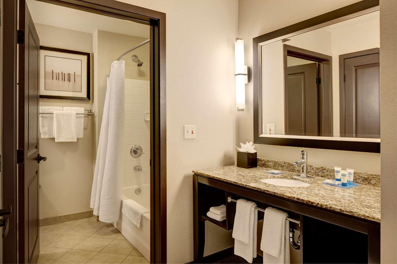 Hyatt House Hotel Bellevue, WA - See Discounts