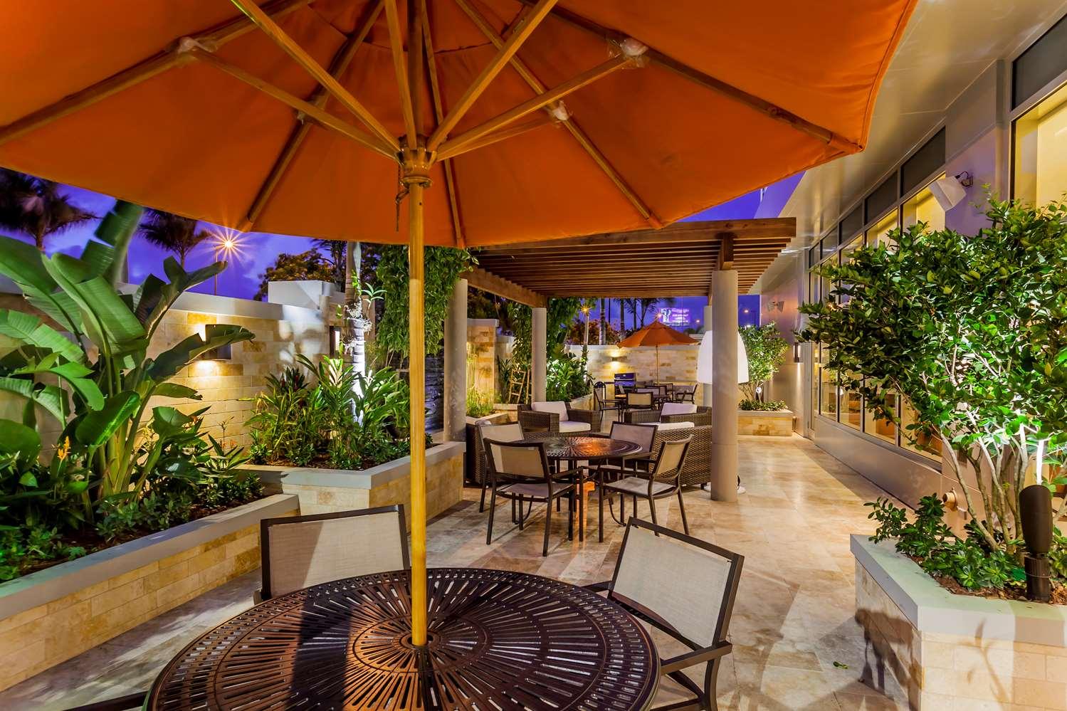 Bar - Hyatt House Hotel San Juan