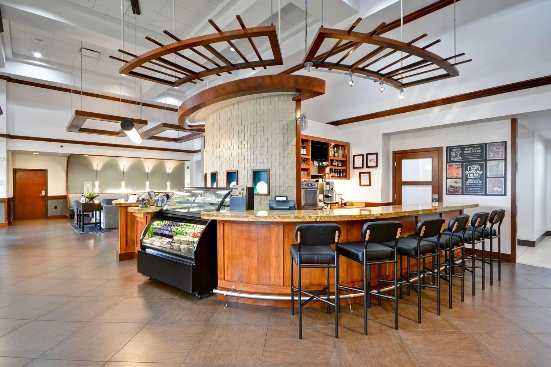 Bar - Hyatt Place Hotel Baton Rouge