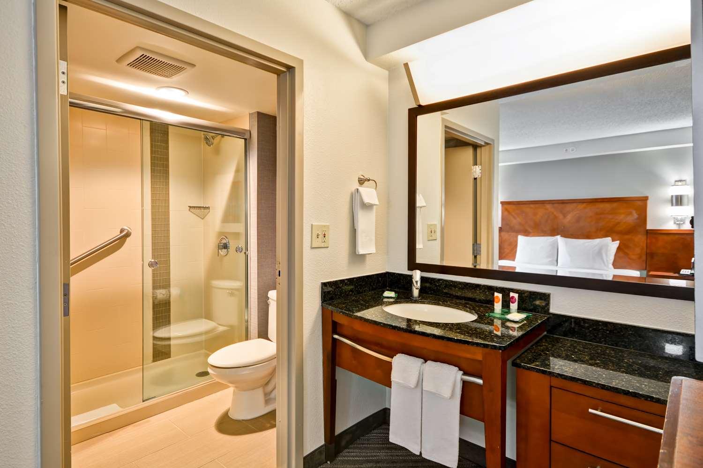 Room - Hyatt Place Hotel Baton Rouge