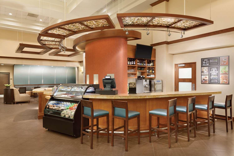 Restaurant - Hyatt Place Hotel Lombard