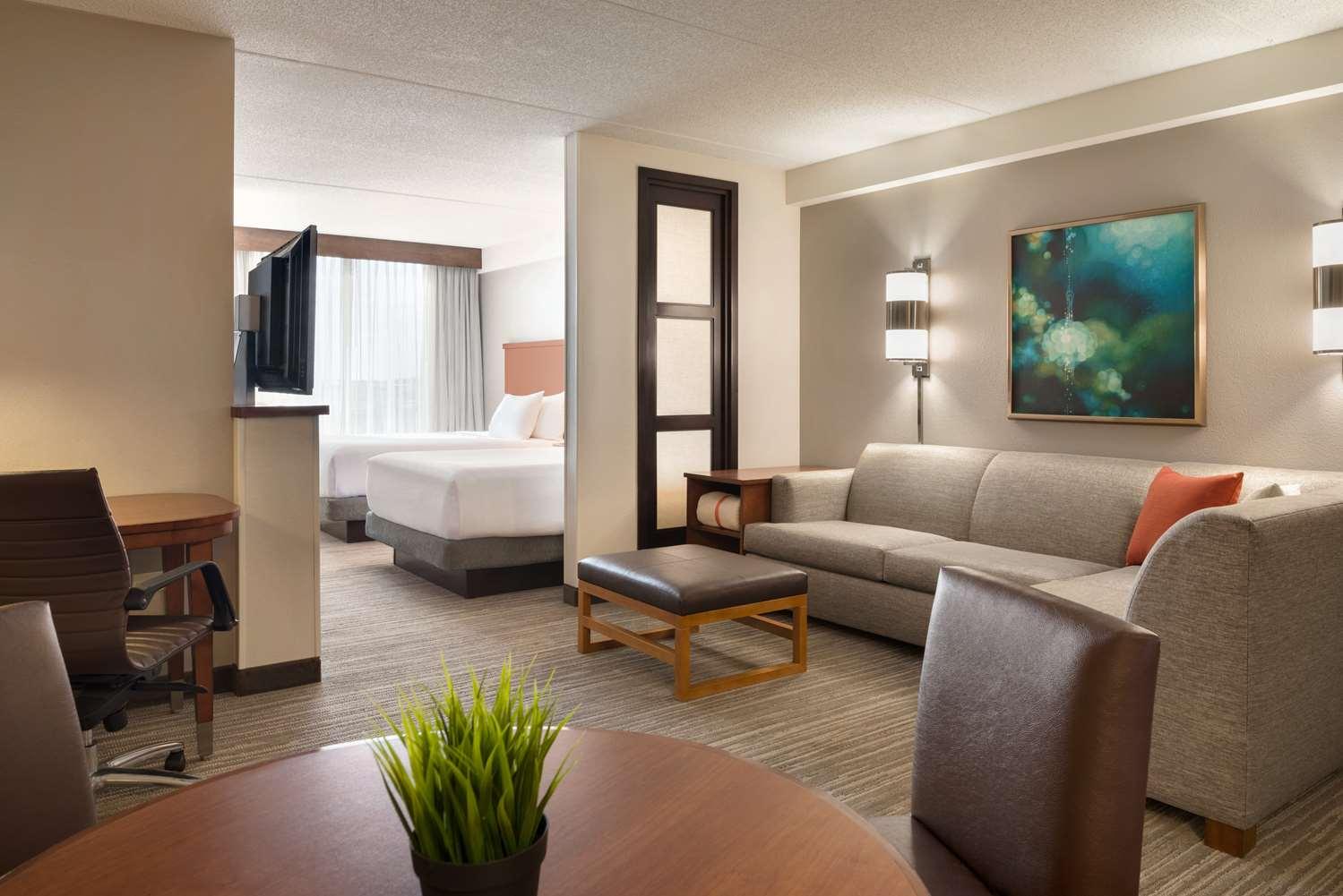 Room - Hyatt Place Hotel Schaumburg