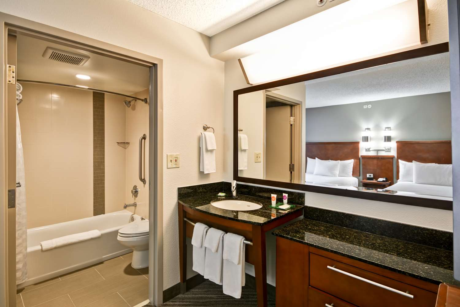 Room - Hyatt Place Hotel City Park Charlotte