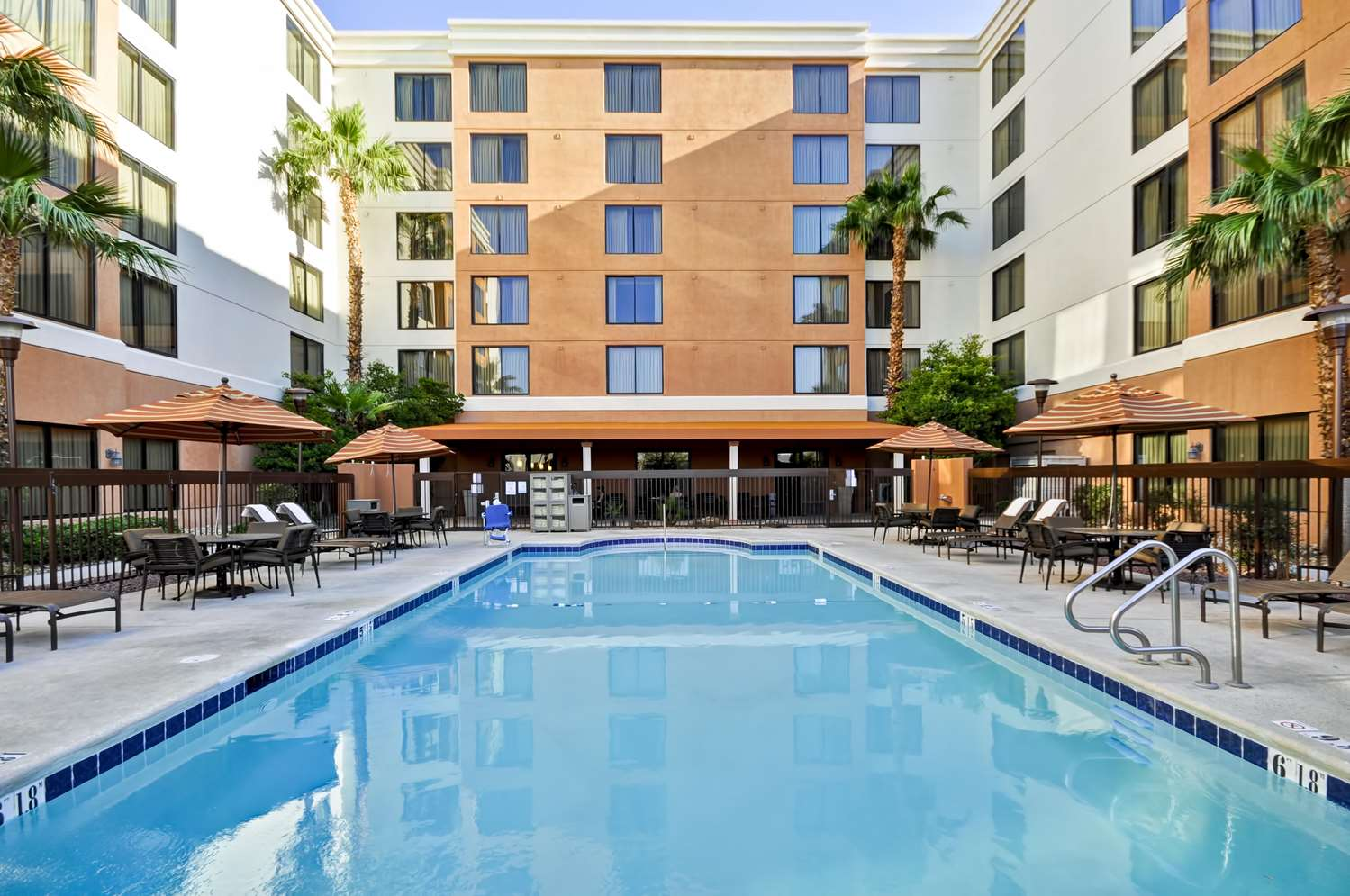 Pool - Hyatt Place Hotel Las Vegas
