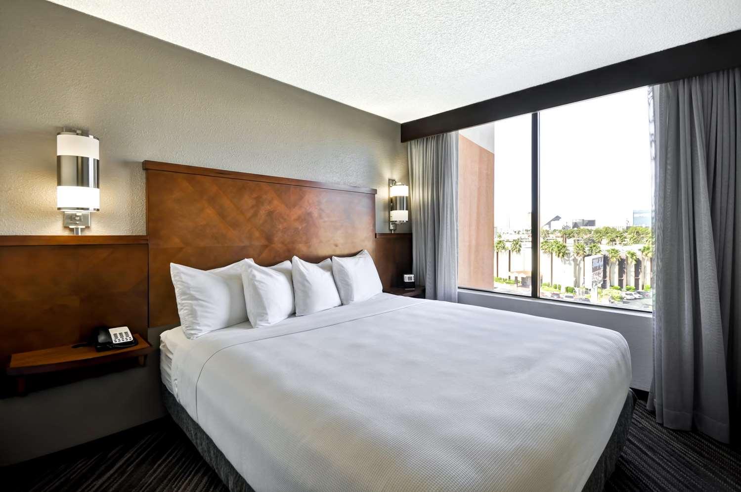 Room - Hyatt Place Hotel Las Vegas
