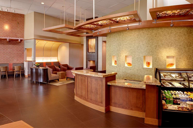 Lobby - Hyatt Place Hotel Airport Savannah