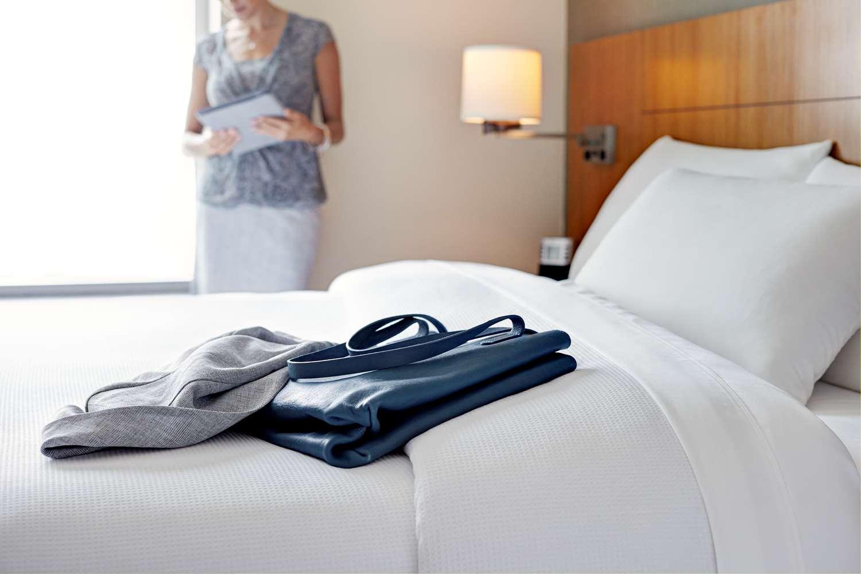Room - Hyatt Place Hotel Airport Savannah