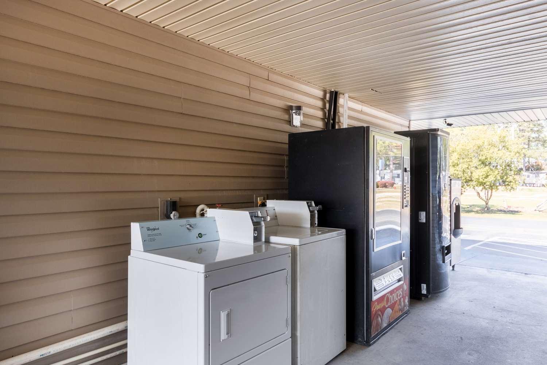 proam - Studio 6 Extended Stay Hotel Statesboro