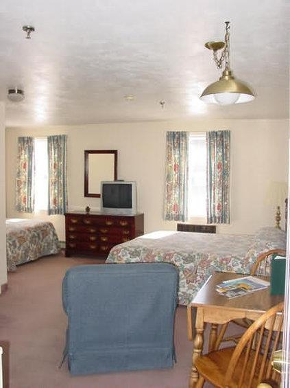 Room - Chocksett Inn & Restaurant Sterling
