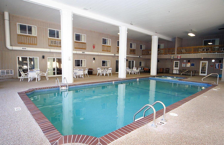 Pool - Sandwich Lodge Resort
