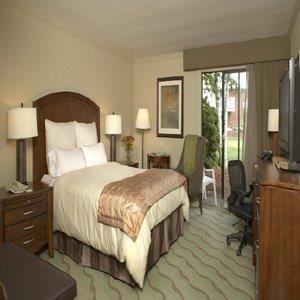 Room - Resort & Conference Center at Hyannis