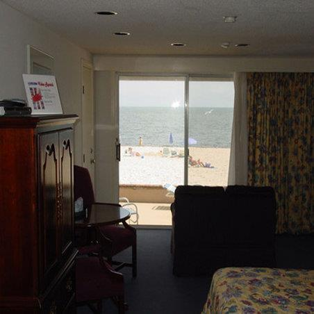 Room - Riviera Beach Resort South Yarmouth