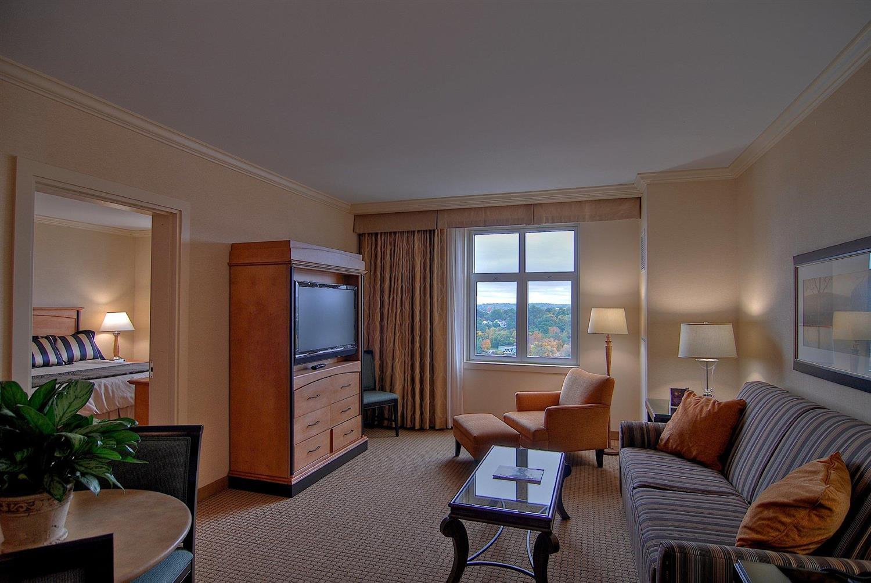 Suite - Hollywood Casino Hotel Bangor